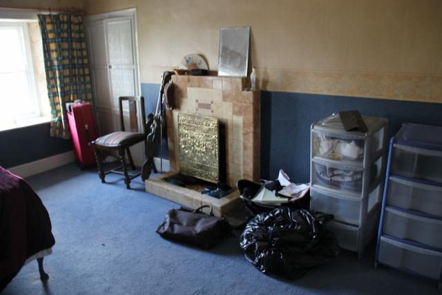 Upper main bedroom before
