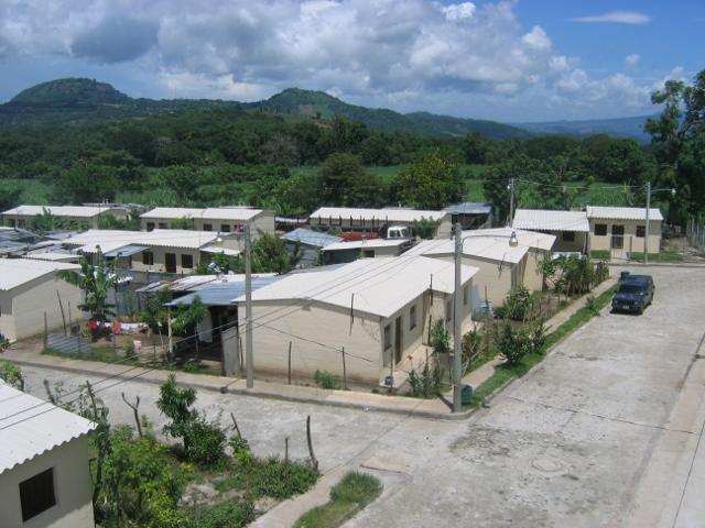 1 Earthquake resistant houses San Cayetano El Salvador (640x480)