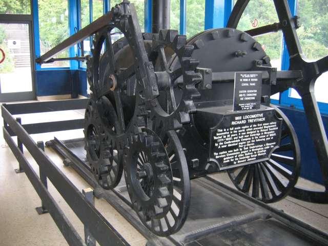 making_tracks_trevithick_1803_locomotive
